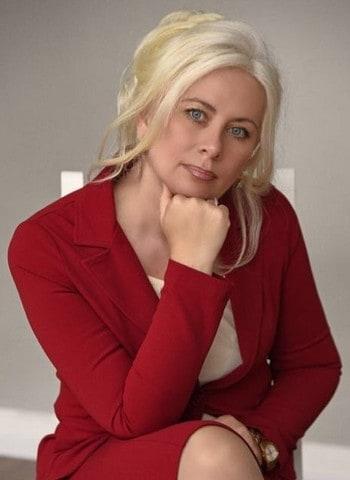 Попова Елена Святославовна врач ортодонт стоматология Квазар Северное Бутово